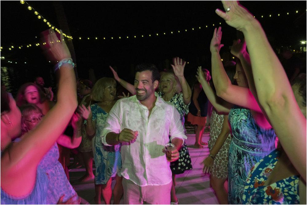 ©FianderFoto_Bermuda_Wedding Photographer_Hamilton_Princess_Brielle_Brandon_054.jpg