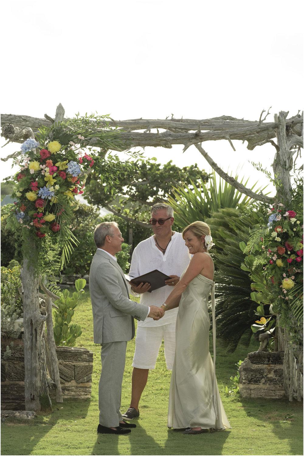 ©FianderFoto_Bermuda_Wedding_Photographer_Long_Island_Bermuda_Nancy_Ray_067.jpg