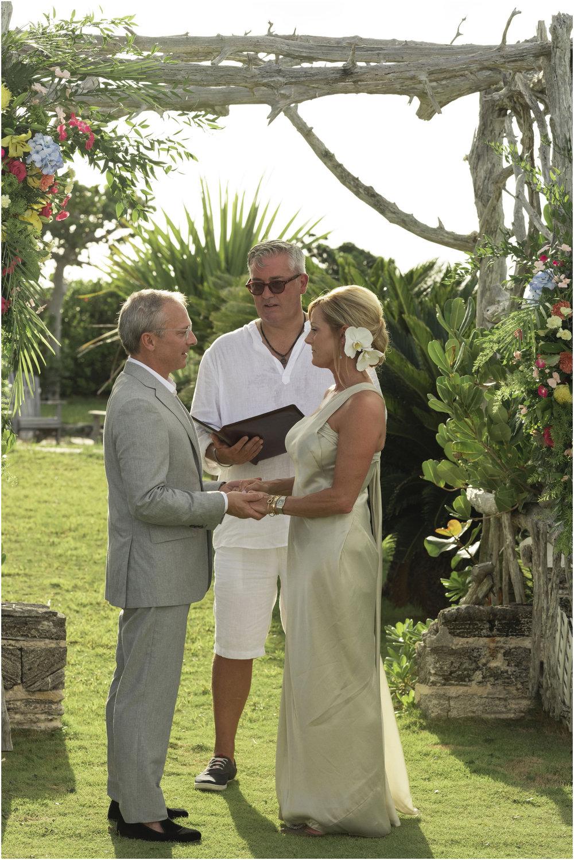 ©FianderFoto_Bermuda_Wedding_Photographer_Long_Island_Bermuda_Nancy_Ray_068.jpg