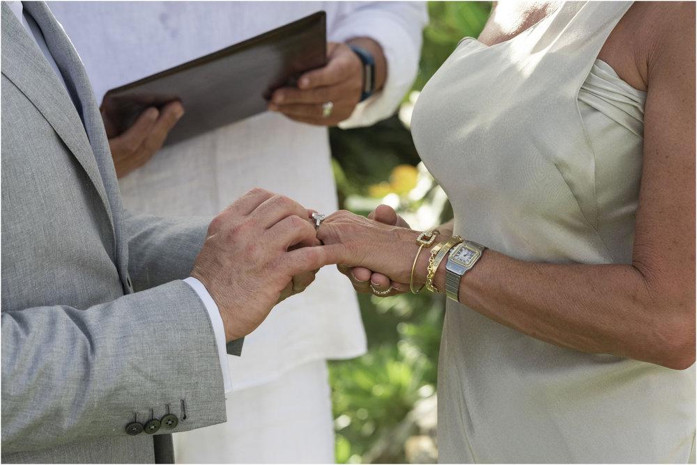 ©FianderFoto_Bermuda_Wedding_Photographer_Long_Island_Bermuda_Nancy_Ray_070.jpg