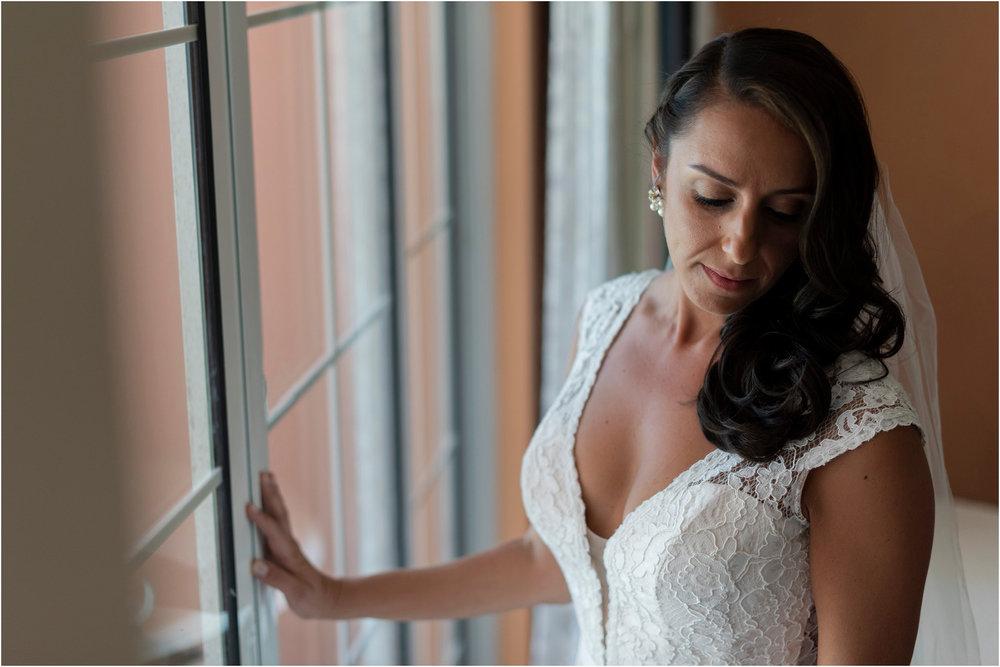 ©FianderFoto_Bermuda Wedding Photographer_Fairmont Southampton_Wedding_Anna_Thomas_011.jpg