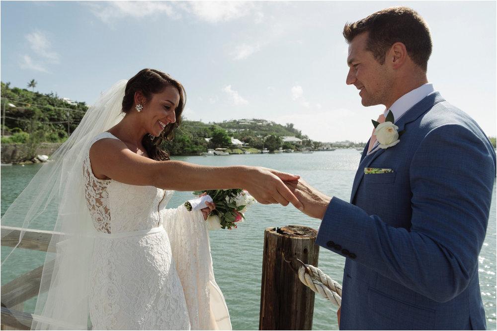 ©FianderFoto_Bermuda Wedding Photographer_Fairmont Southampton_Wedding_Anna_Thomas_025.jpg
