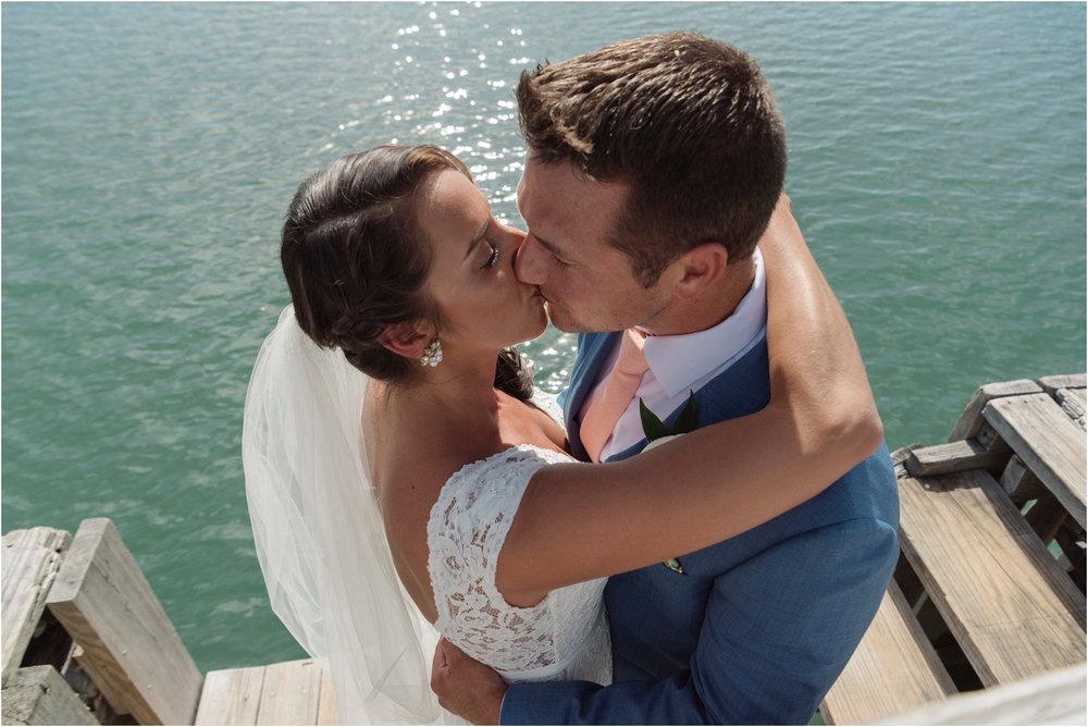 ©FianderFoto_Bermuda Wedding Photographer_Fairmont Southampton_Wedding_Anna_Thomas_027.jpg
