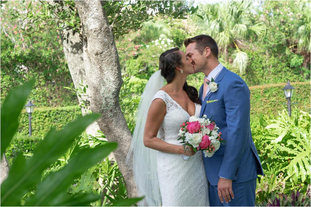 ©FianderFoto_Bermuda Wedding Photographer_Fairmont Southampton_Wedding_Anna_Thomas_032.jpg