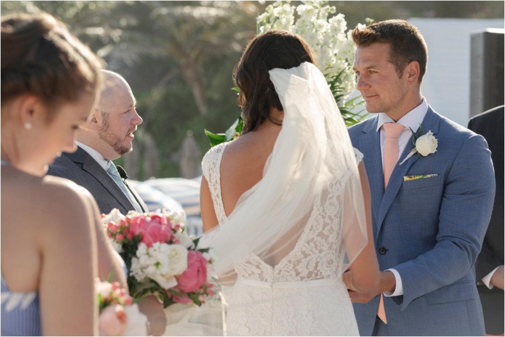 ©FianderFoto_Bermuda Wedding Photographer_Fairmont Southampton_Wedding_Anna_Thomas_049.jpg