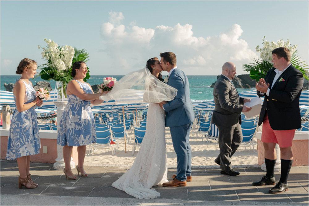 ©FianderFoto_Bermuda Wedding Photographer_Fairmont Southampton_Wedding_Anna_Thomas_061.jpg