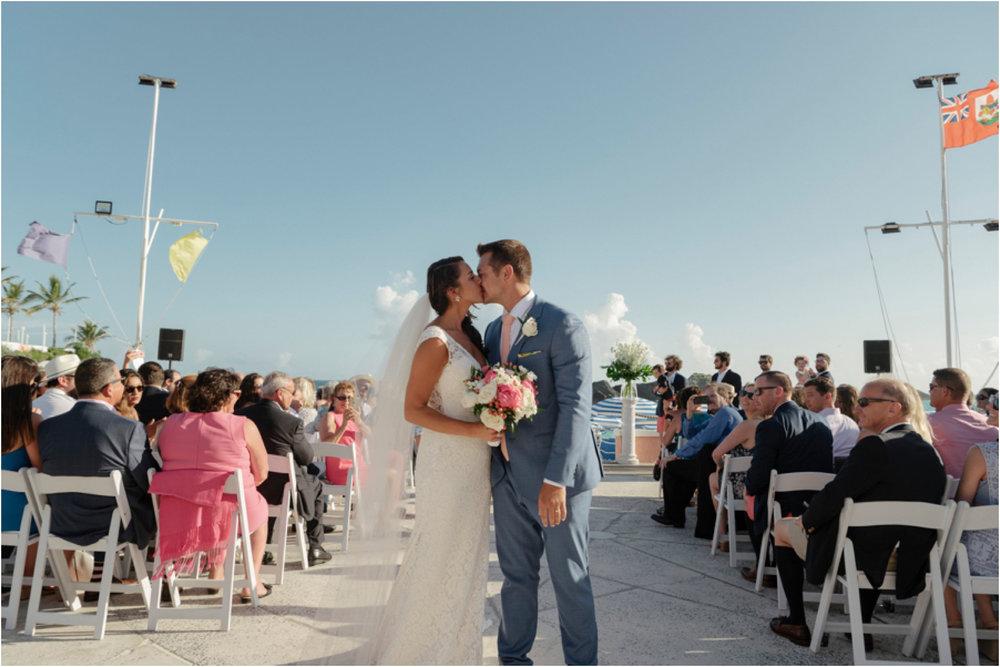 ©FianderFoto_Bermuda Wedding Photographer_Fairmont Southampton_Wedding_Anna_Thomas_066.jpg