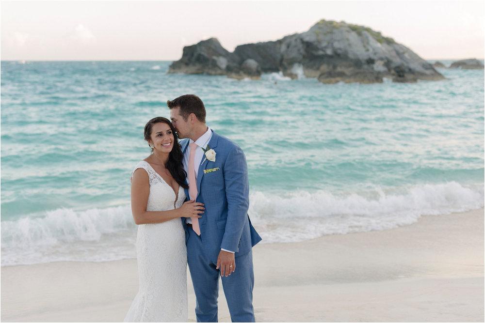 ©FianderFoto_Bermuda Wedding Photographer_Fairmont Southampton_Wedding_Anna_Thomas_092.jpg