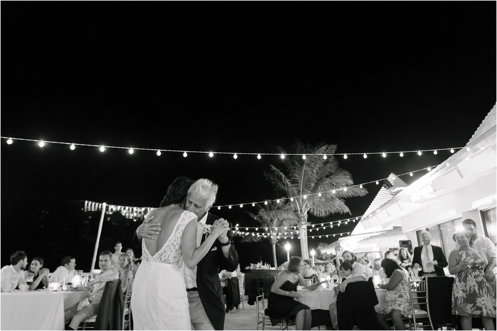 ©FianderFoto_Bermuda Wedding Photographer_Fairmont Southampton_Wedding_Anna_Thomas_108.jpg