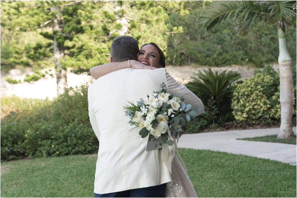 ©Fiander Foto_Bermuda Wedding Photographer_The Reefs_Taylor_Tedd_058.jpg