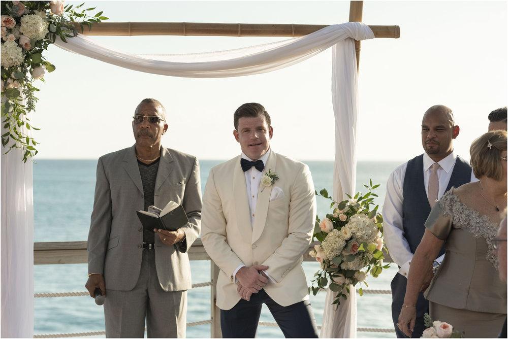 ©Fiander Foto_Bermuda Wedding Photographer_The Reefs_Taylor_Tedd_082.jpg