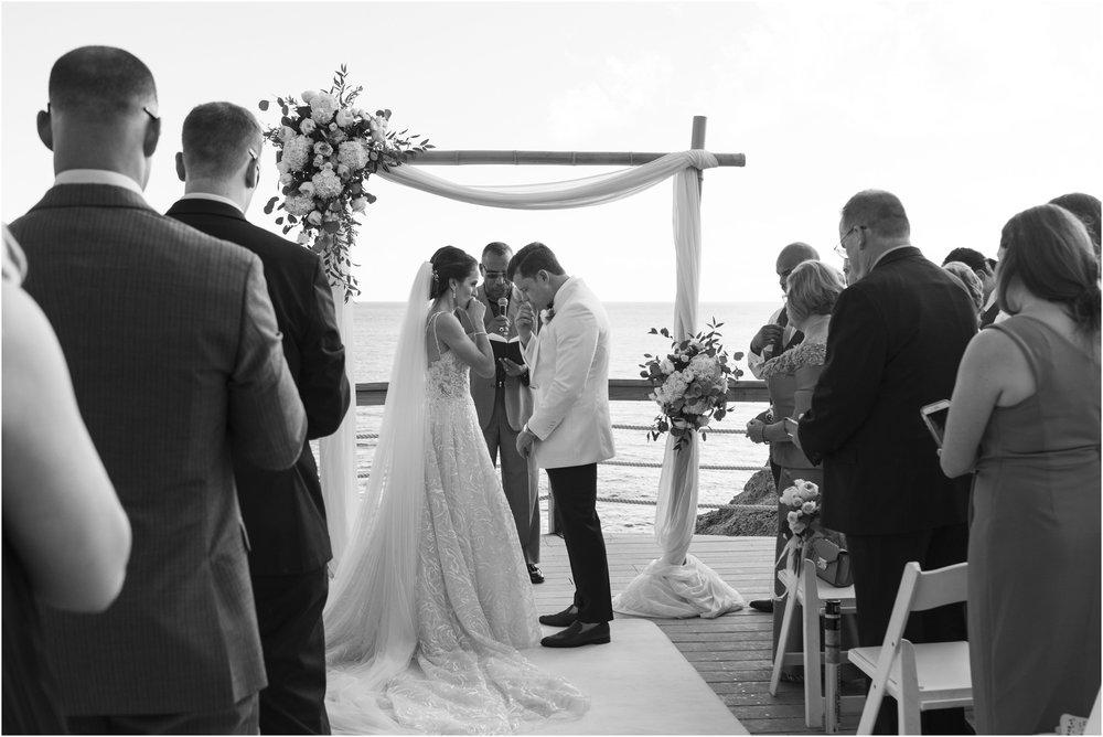 ©Fiander Foto_Bermuda Wedding Photographer_The Reefs_Taylor_Tedd_093.jpg