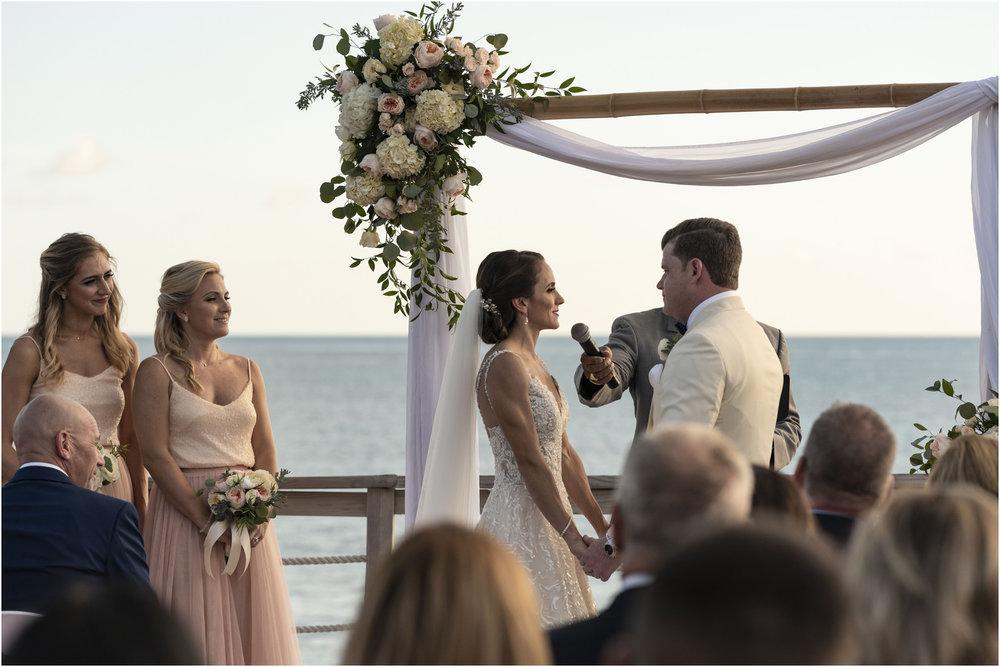 ©Fiander Foto_Bermuda Wedding Photographer_The Reefs_Taylor_Tedd_098.jpg