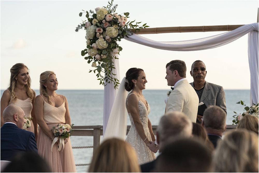 ©Fiander Foto_Bermuda Wedding Photographer_The Reefs_Taylor_Tedd_099.jpg