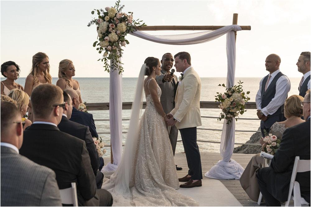 ©Fiander Foto_Bermuda Wedding Photographer_The Reefs_Taylor_Tedd_102.jpg