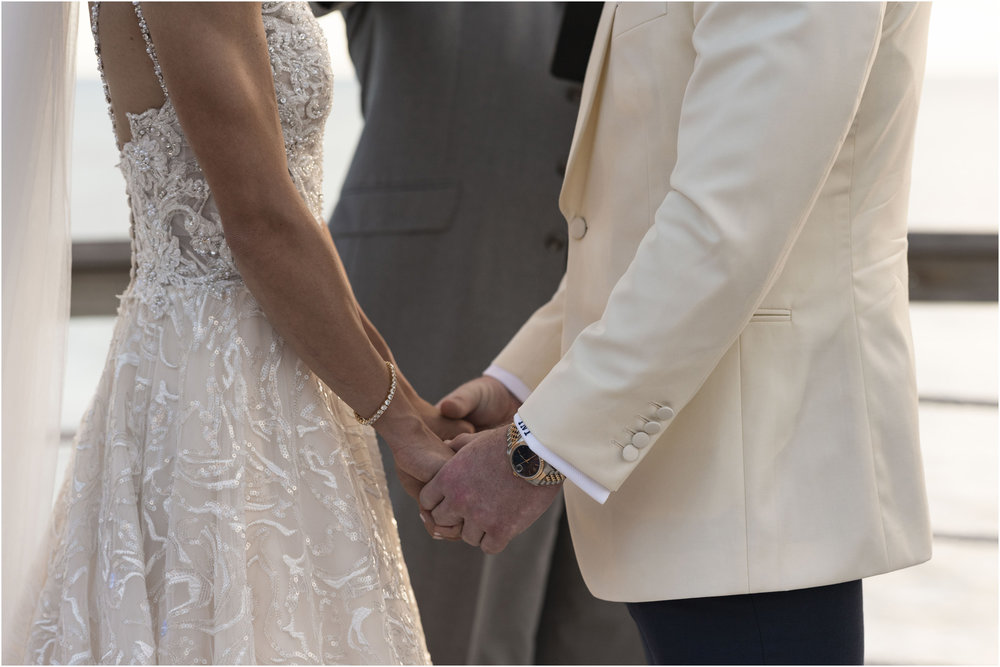 ©Fiander Foto_Bermuda Wedding Photographer_The Reefs_Taylor_Tedd_104.jpg