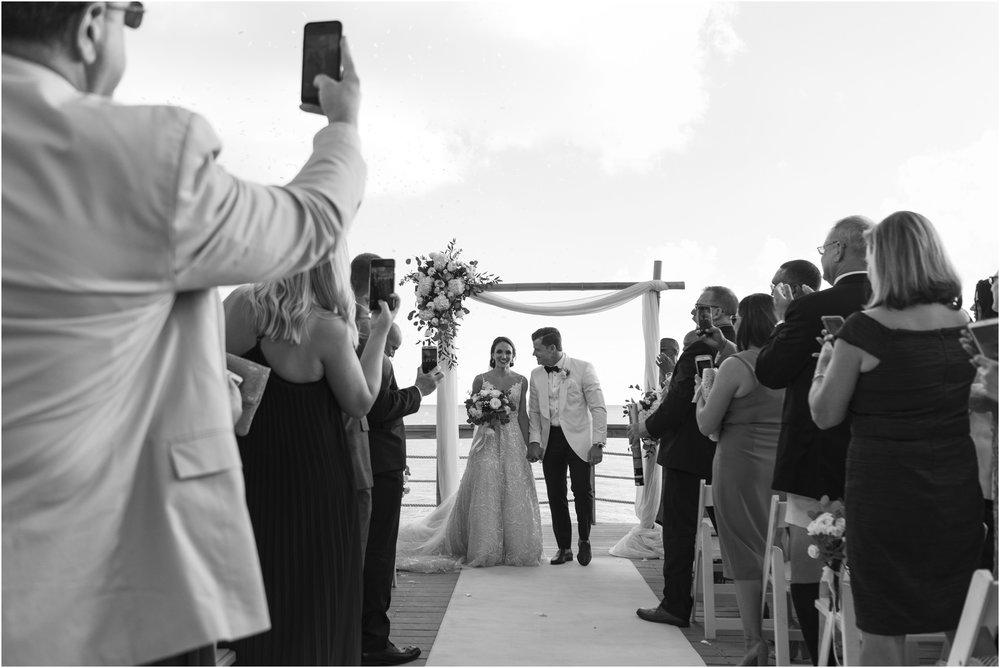 ©Fiander Foto_Bermuda Wedding Photographer_The Reefs_Taylor_Tedd_115.jpg