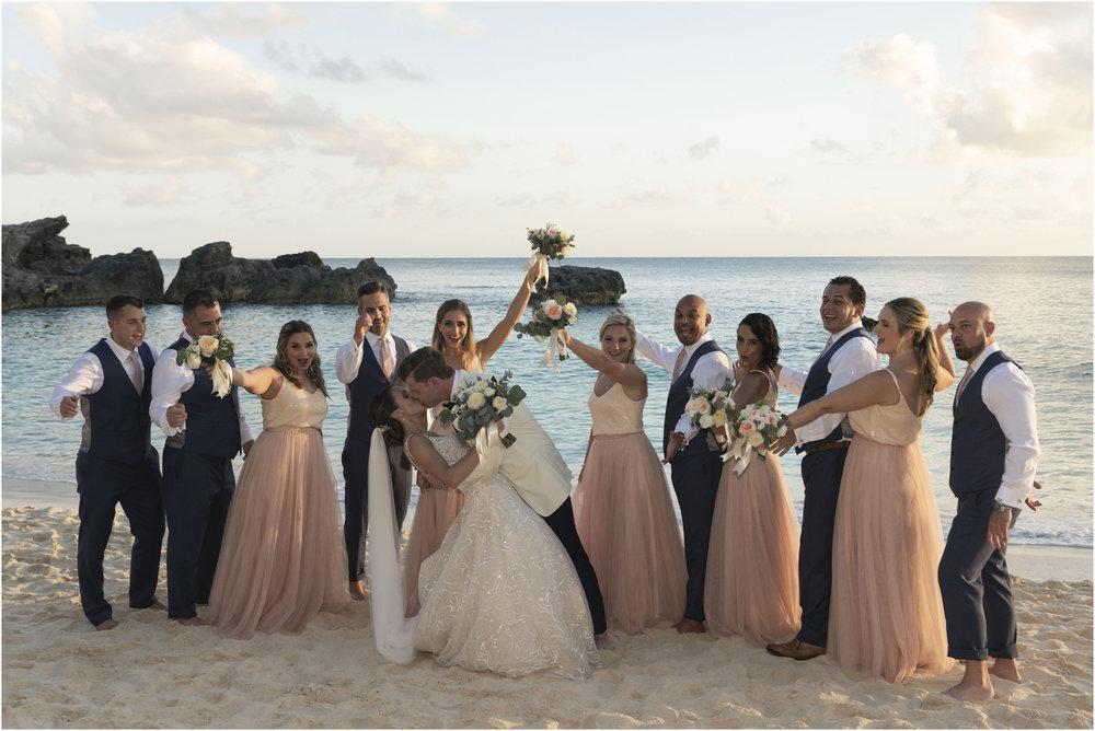 ©Fiander Foto_Bermuda Wedding Photographer_The Reefs_Taylor_Tedd_126.jpg
