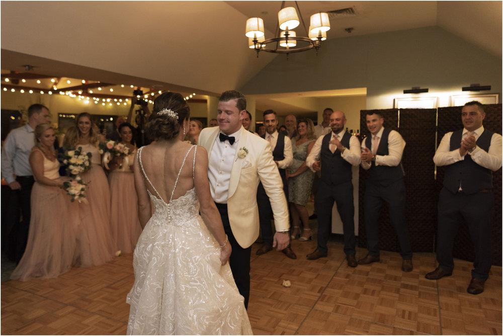 ©Fiander Foto_Bermuda Wedding Photographer_The Reefs_Taylor_Tedd_159.jpg