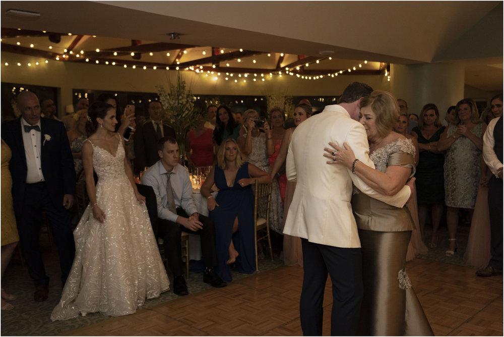 ©Fiander Foto_Bermuda Wedding Photographer_The Reefs_Taylor_Tedd_163.jpg