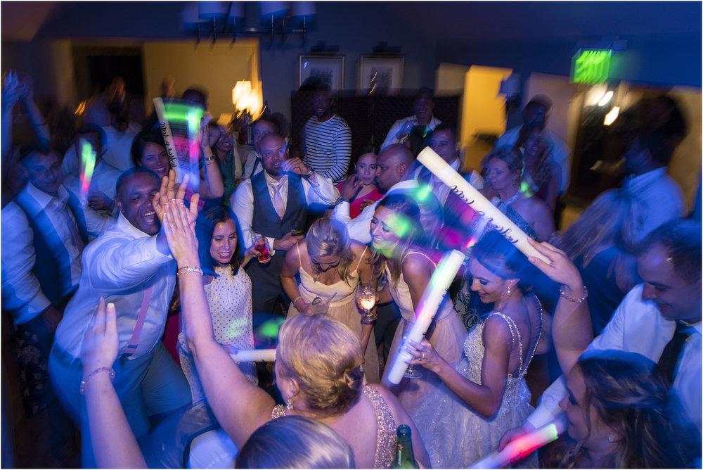 ©Fiander Foto_Bermuda Wedding Photographer_The Reefs_Taylor_Tedd_175.jpg