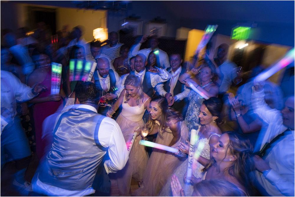 ©Fiander Foto_Bermuda Wedding Photographer_The Reefs_Taylor_Tedd_177.jpg