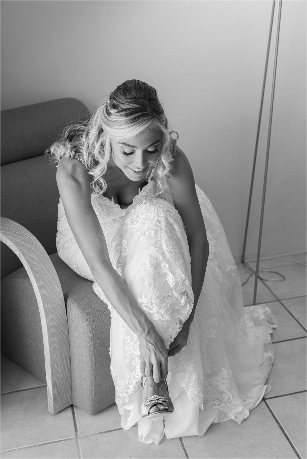©FianderFoto_Destination_Wedding_Photographer_Bermuda_Wedding_Photographer_Jaclyn_Anthony__Grotto Bay_026.jpg