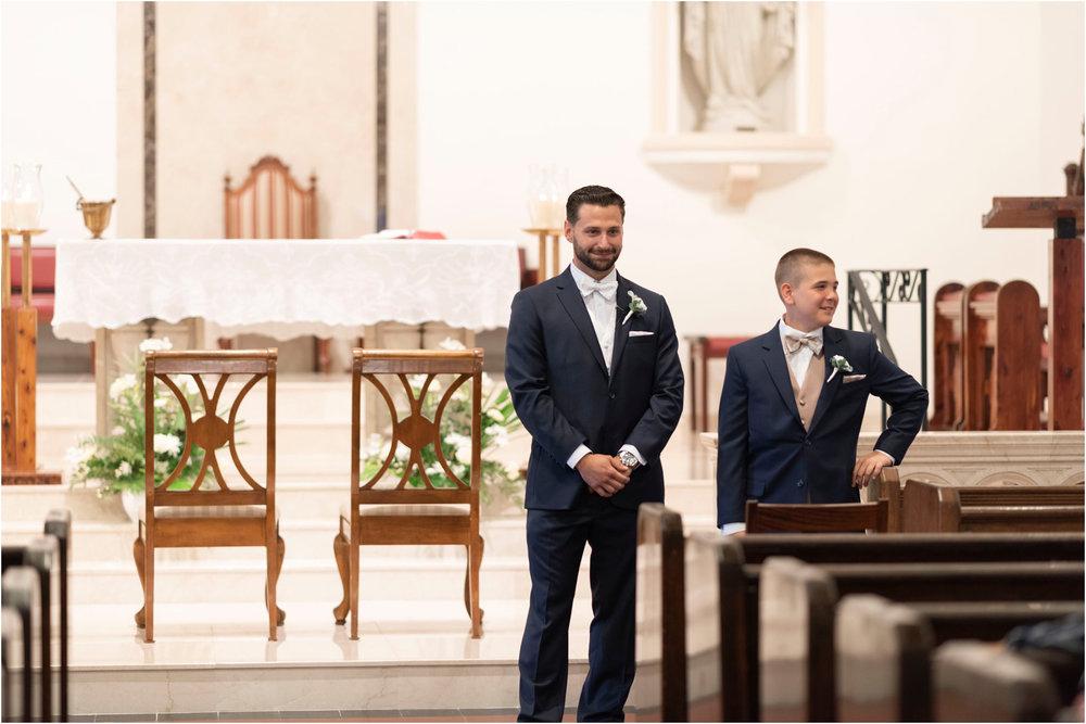 ©FianderFoto_Destination_Wedding_Photographer_Bermuda_Wedding_Photographer_Jaclyn_Anthony__Grotto Bay_031.jpg