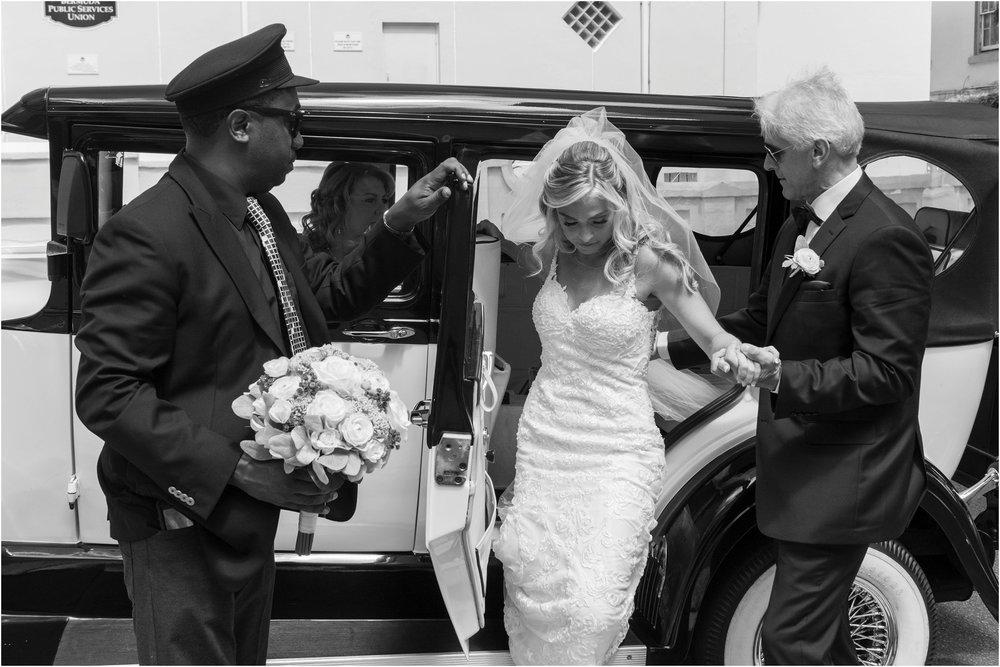 ©FianderFoto_Destination_Wedding_Photographer_Bermuda_Wedding_Photographer_Jaclyn_Anthony__Grotto Bay_033.jpg