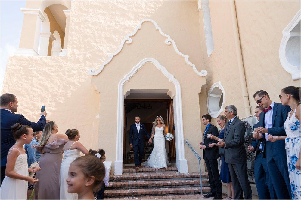 ©FianderFoto_Destination_Wedding_Photographer_Bermuda_Wedding_Photographer_Jaclyn_Anthony__Grotto Bay_075.jpg