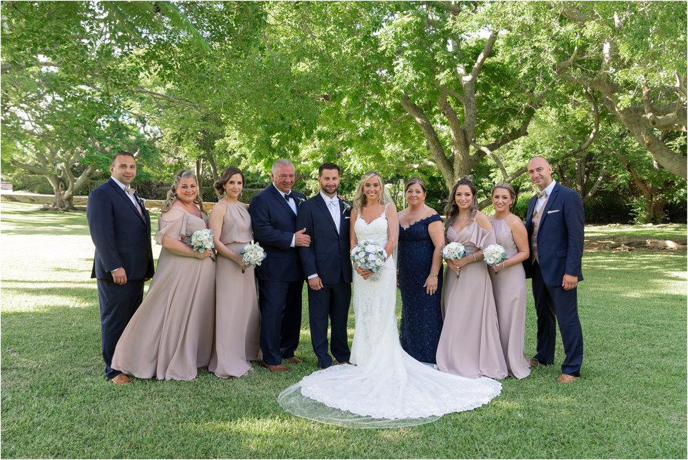 ©FianderFoto_Destination_Wedding_Photographer_Bermuda_Wedding_Photographer_Jaclyn_Anthony__Grotto Bay_083.jpg