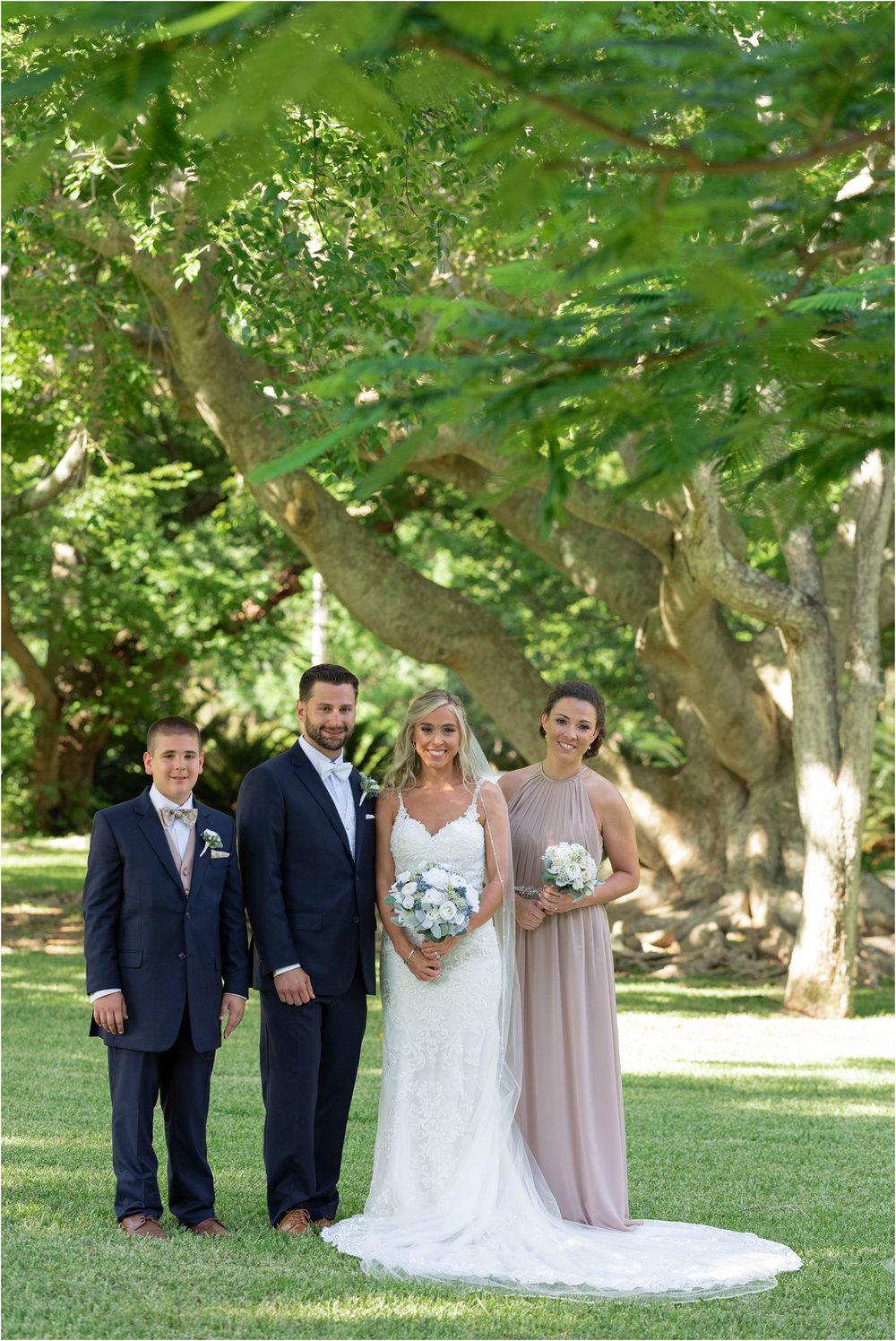 ©FianderFoto_Destination_Wedding_Photographer_Bermuda_Wedding_Photographer_Jaclyn_Anthony__Grotto Bay_086.jpg