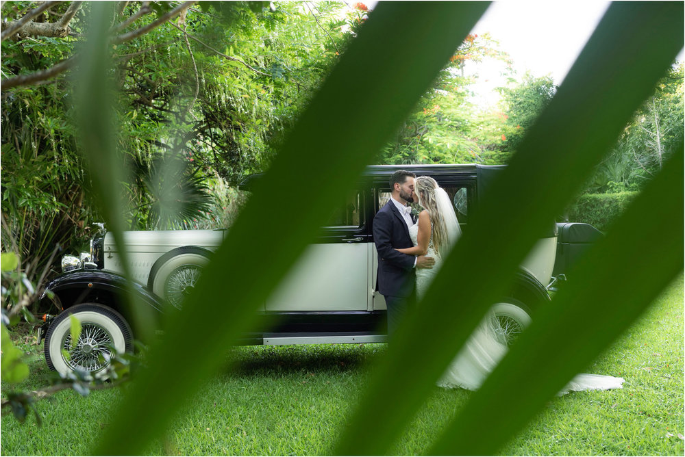 ©FianderFoto_Destination_Wedding_Photographer_Bermuda_Wedding_Photographer_Jaclyn_Anthony__Grotto Bay_093.jpg