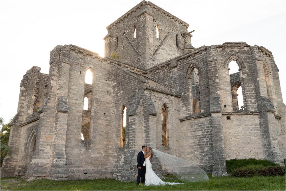 ©FianderFoto_Destination_Wedding_Photographer_Bermuda_Wedding_Photographer_Jaclyn_Anthony__Grotto Bay_101.jpg