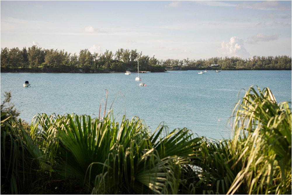 ©FianderFoto_Destination_Wedding_Photographer_Bermuda_Wedding_Photographer_Jaclyn_Anthony__Grotto Bay_156.jpg