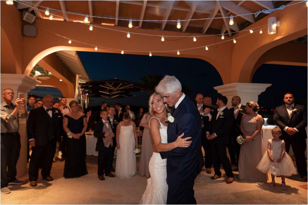 ©FianderFoto_Destination_Wedding_Photographer_Bermuda_Wedding_Photographer_Jaclyn_Anthony__Grotto Bay_130.jpg