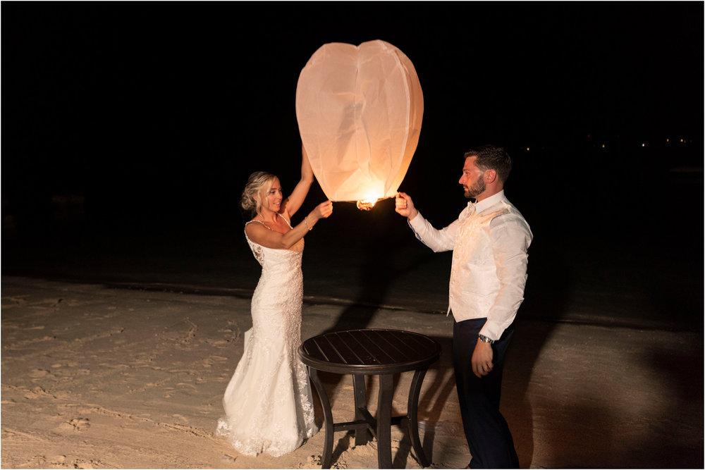 ©FianderFoto_Destination_Wedding_Photographer_Bermuda_Wedding_Photographer_Jaclyn_Anthony__Grotto Bay_140.jpg