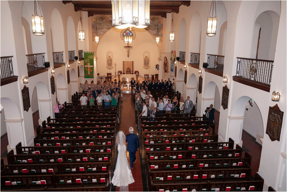 ©FianderFoto_Destination_Wedding_Photographer_Bermuda_Wedding_Photographer_Jaclyn_Anthony__Grotto Bay_041.jpg