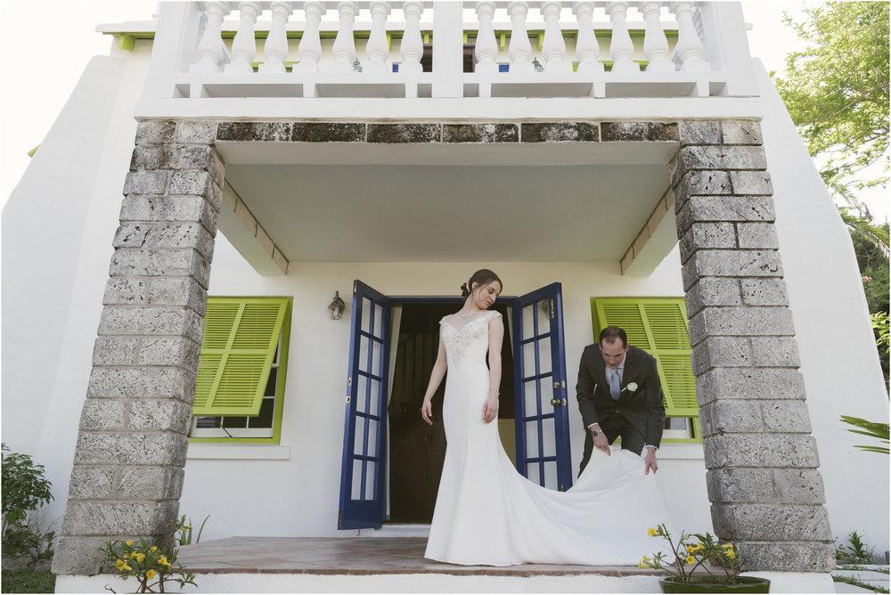©FianderFoto_Caribbean_Wedding_Photographer_The Reefs_Bermuda_Lauren_Erik_043.jpg