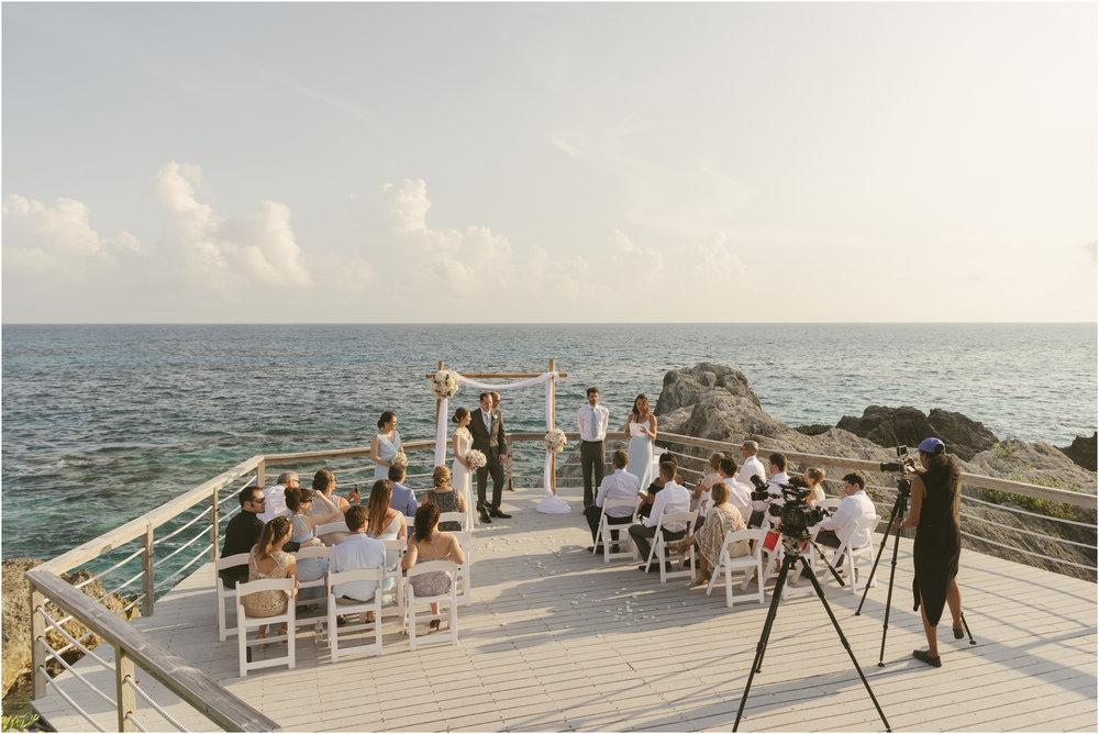 ©FianderFoto_Caribbean_Wedding_Photographer_The Reefs_Bermuda_Lauren_Erik_054.jpg