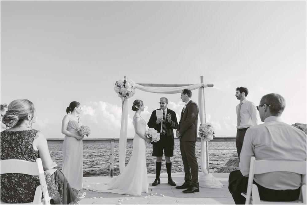 ©FianderFoto_Caribbean_Wedding_Photographer_The Reefs_Bermuda_Lauren_Erik_060.jpg