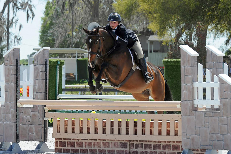 "Del Piero and Alex Trolli earned the 3'3"" Junior Hunter Reserve Championship on the HITS Ocala winter circuit."