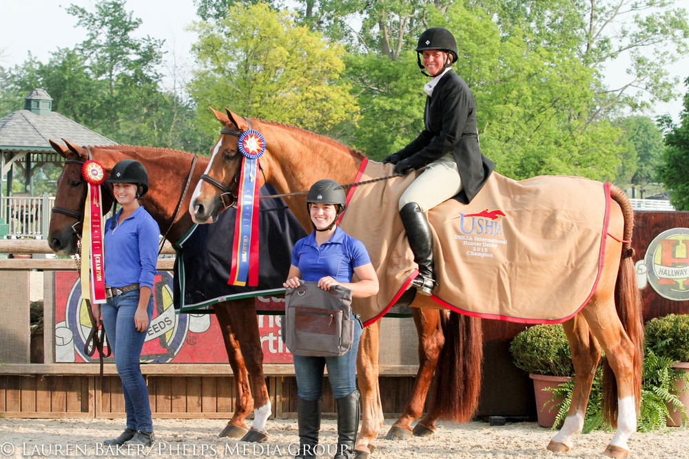 Jersey Boy and Miss Lucy take the top two spots in the $15,000 USHJA International Hunter Derby at Kentucky Spring.