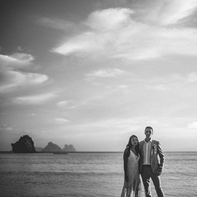 #sephnchris' Apulit Island destination wedding. Entire set at redsheepphotocinema.com (Link in profile.) #destinationwedding #beachwedding #elnidoresorts #elnidowedding (Taytay actually, which is 1 hour south of #ElNido) #utterlyengaged #togetherweroam #loveauthentic #destinationweddingphotographer #weddinginspiration #palawan #bwsociety #vscobw #tinypeopleinbigplaces #weddingdaydestination #huffpostido #folkwedding #firstsandlasts #brideandgroom #vscowedding #fineartwedding #doyoutravel #welltravelled #whitemagazine #travelgr8 #moodygrams #islandlove