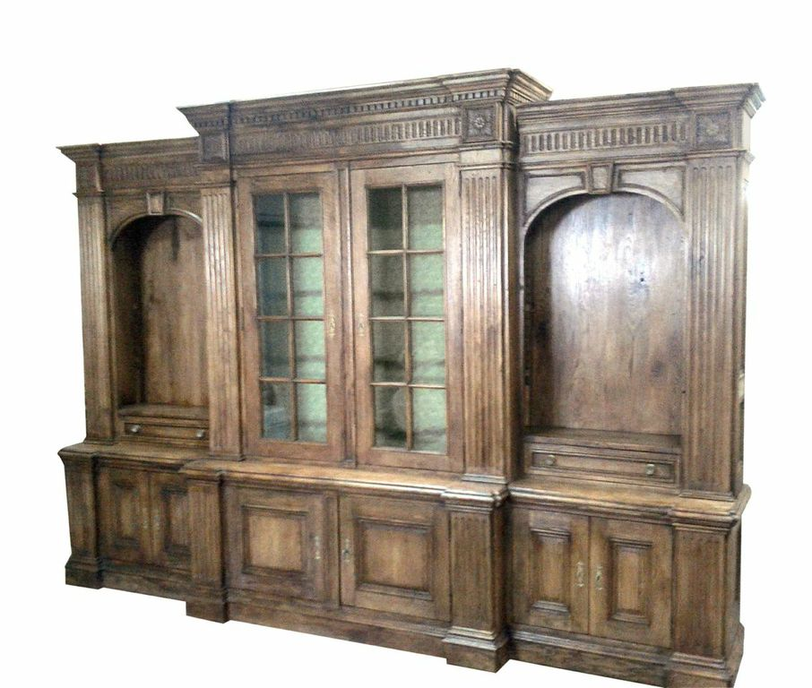Traditional Built-In China Cabinet and Storage