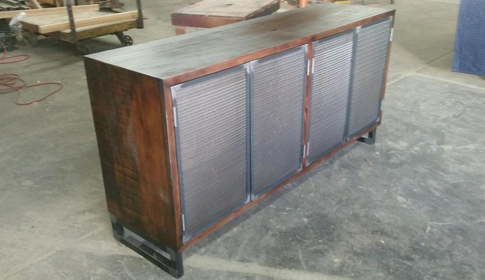 Speaker Storage