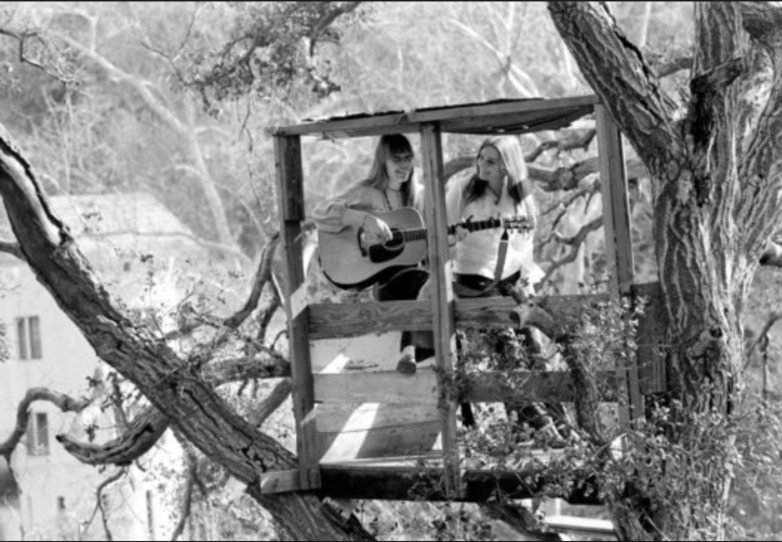(Joni and Judy Collins in a treehouse in Topanga Canyon, CA)