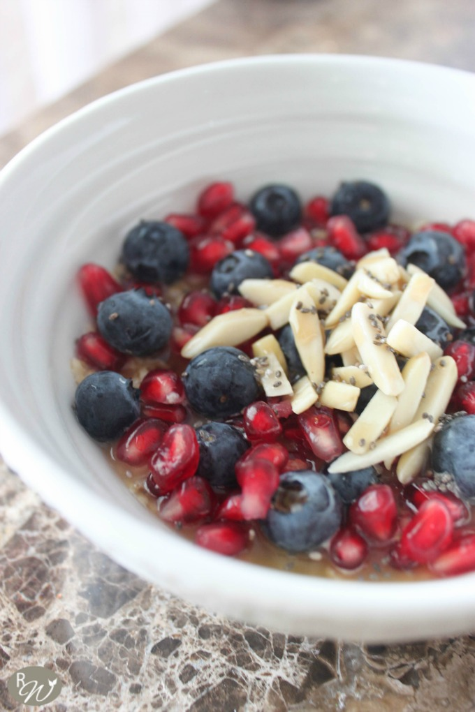 Blueberry and Pomegranate Oatmeal