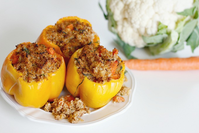 Whole30 Stuffed Peppers // Natasha Red Blog