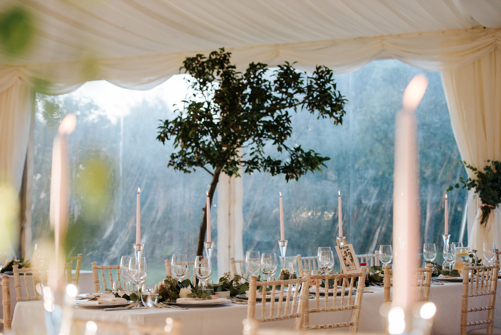 Horizontal shot showing an entire table inside Marquee